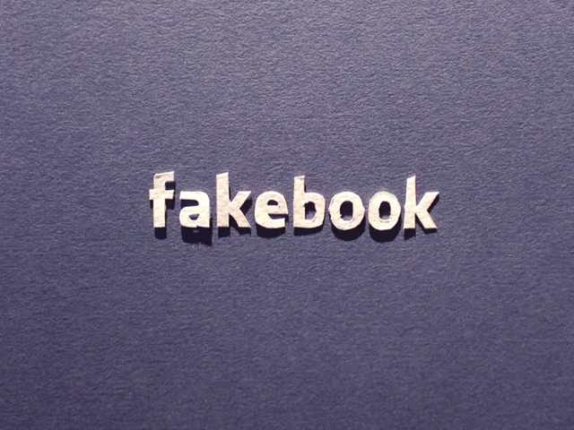 Stop-motion Fakebook
